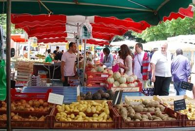 French_Outdoor_Market_DSC_0189