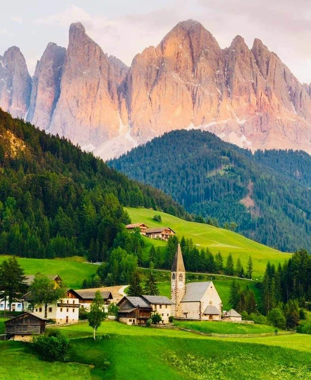 South Tyrol_Italy_031621A