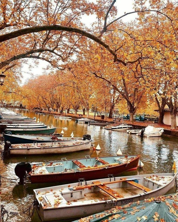Annecy_France_052721A