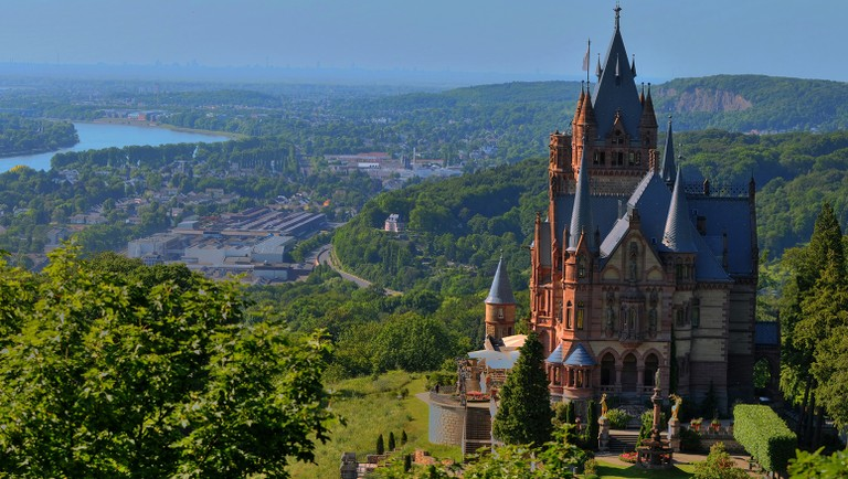 Castle_Bonn_Germany_092820A