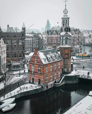 Amsterdam_Netherlands_122820A
