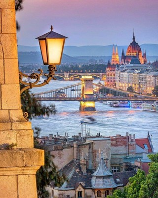BUDAPEST_HUNGARY_110820A