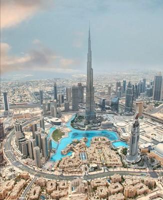 Dubai_UAE_120620A